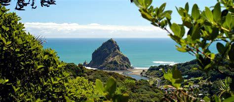 Motorradverleih Auckland by Piha Neuseeland