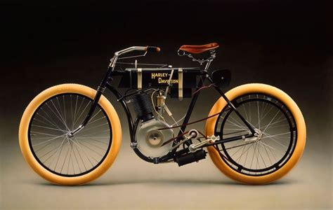 Kaos Fangkeh Since 1903 Biker Motorcycle Pin Up harley davidson 1903 a tomato can was used for the carburetor bicycles