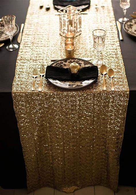 wedding table runners gold 10 tablecloths and table runners we love