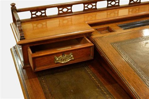 bankers desk for sale 19th century walnut bankers desk for sale at 1stdibs
