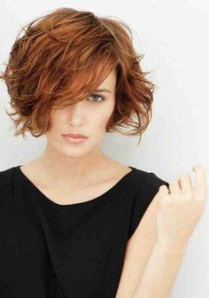 cheveux courts visage ovale 65 meilleures images du tableau coupe courte visage rond en 2019 coupes cheveux courts