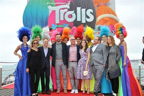 les trolls 171 les trolls 187 ou la chanson du bonheur un film d