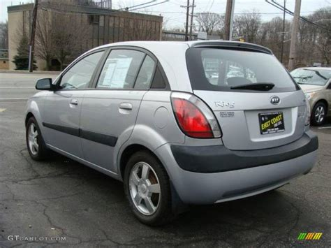 Kia Hatchback 2006 2006 Silver Kia Rio5 Sx Hatchback 25631855 Photo 5