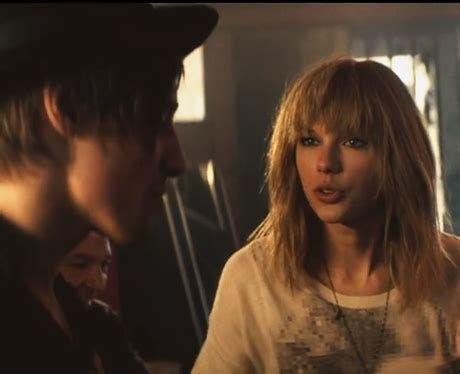 taylor swift i knew you were trouble music video mtv best actress taylor swift i knew you were trouble