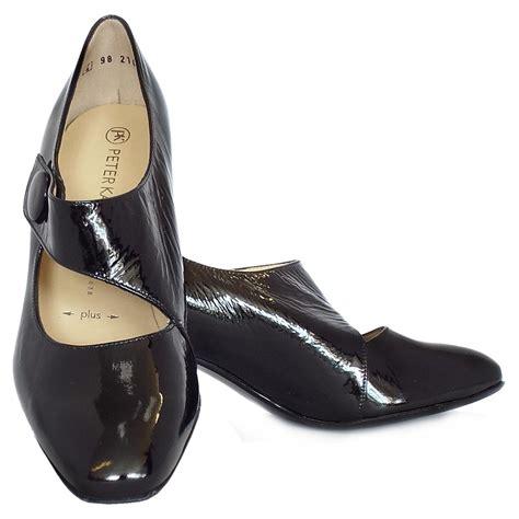 dorothy shoes kaiser dorothy mid heel shoes black