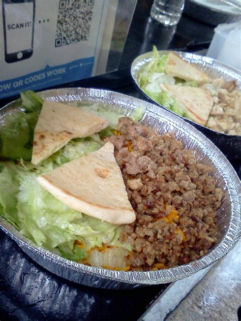 chicken and rice food chicken and rice guys boston food truck reviews ratings
