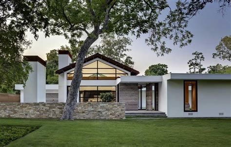 modern ranch style house modern ranch style homes with white wall color home
