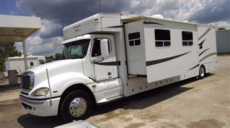 class a motorhome with 2 bedrooms 2 bedroom motorhome columbus compass series 377mb luxury