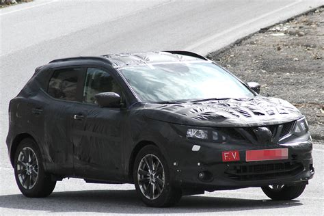nissan dualis 2014 nissan cars 2014 dualis spied testing in germany