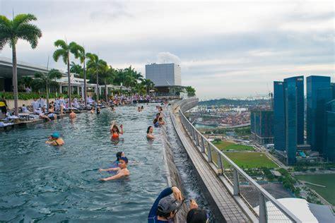 marina bay sands infinity pool singapore how i snuck into the marina bay sands infinity pool in