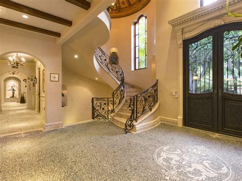 Italian Villa Style Homes sofia vergara s new home 10 6 million beverly hills