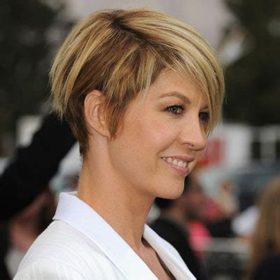 short hair on pinterest jenna elfman haircuts and cool haircuts hairstyle simple beautiful celebrity short style jenna