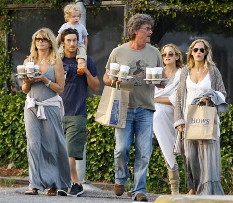 Goldie Hawn Oliver Hudson Photos Photos   Kate Hudson And Family In Malibu On Mother's Day   Zimbio