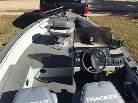 running boat motor with ear muffs tracker 1994 for sale for 2 400 boats from usa