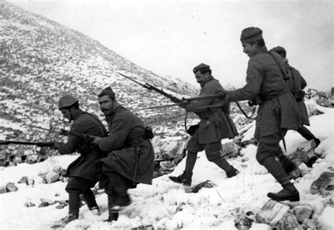 armies of the italian war 1940ã 41 at 16 november 1940 army push italian invaders back