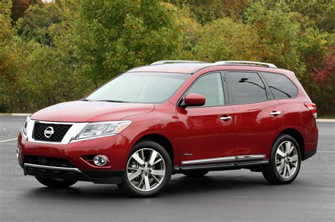 nissan pathfinder hybrid 2014 nissan pathfinder hybrid quick spin photo gallery