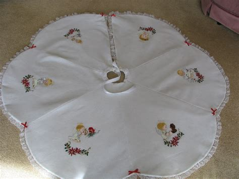 machine embroidered white christmas tree skirts with angel