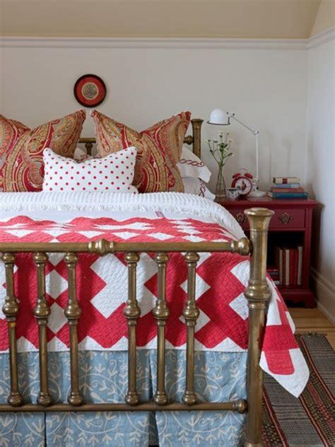 cozy  inspiring bedroom decorating ideas  fall