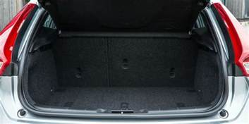 Volvo V40 Boot Capacity Volvo V40 Sizes And Dimensions Guide Carwow