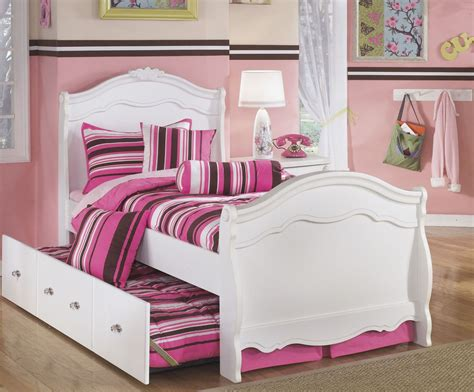 exquisite sleigh bedroom set exquisite sleigh trundle bedroom set from ashley coleman