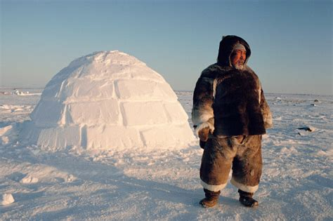 i am inuit portraits of places and of the arctic books inuit igloo