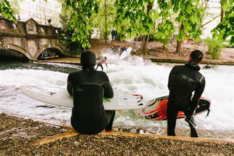 englischer garten münchen größer als central park surf en el englischer garten de m 250 nich equipatge de m 224