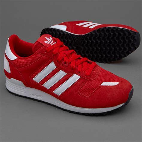 Sepatu Boot Sepatu Adidas Sneaker sepatu sneakers adidas originals zx 700 scarlet