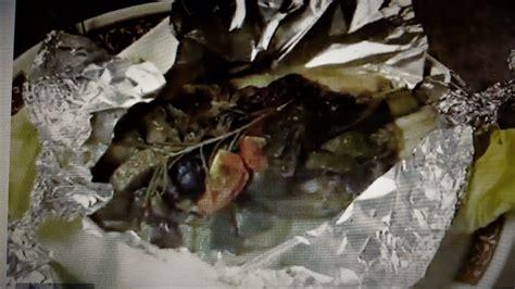 cucinare il branzino al cartoccio branzino al cartoccio la ricetta ladyblitz