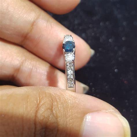 gambar jual cincin berlian biru putih ikat emas gambar di