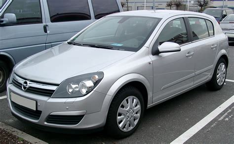 Opel Astra Specification Opel Astra 1 7 2009 Auto Images And Specification