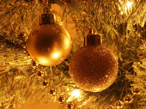 christmas tree decorations free stock photo public