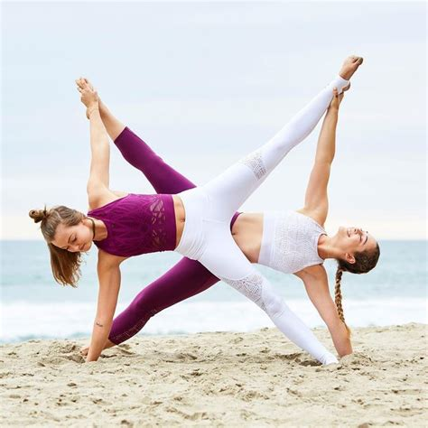imagenes yoga asanas mejores 7 im 225 genes de par acro yoga en pinterest