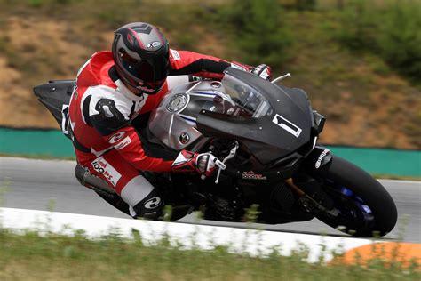 Trial Motorrad Rennen by Yamaha R Days Bei Gh Moto Mit 2h Rennen