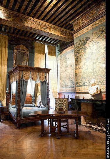 shabby castle chic rich  gorgeous home decor france loire valley castle room