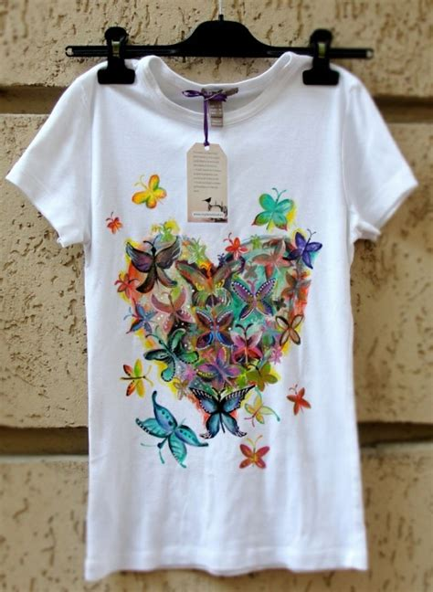 Painting T Shirts Ideas by 25 Best Ideas About T Shirt Painting On Diy T
