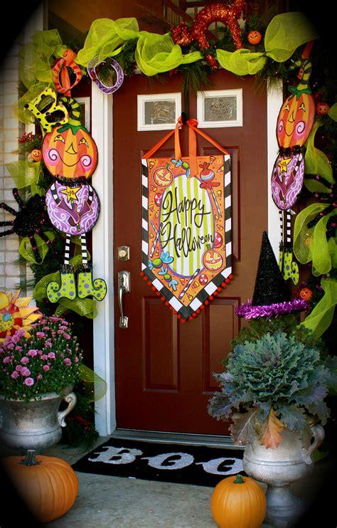 decorate halloween 50 best halloween door decorations for 2017