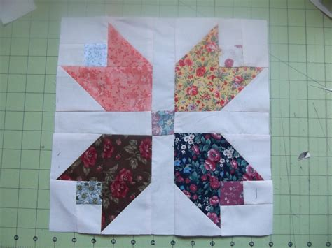 Tulip Quilt Pattern Block by Tulip Quilt Block Pattern Quotes