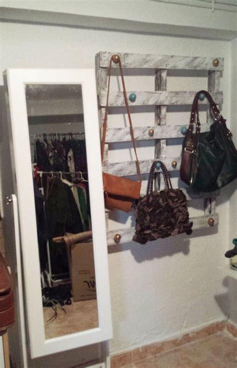 bolsas para guardar ropa niños m 225 s de 25 ideas incre 237 bles sobre percheros para bolsas en