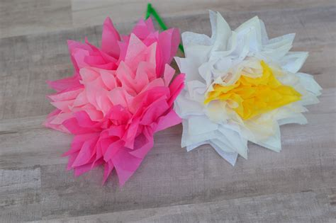 Handmade Flowers From Tissue Paper - small tissue paper flowers images flower arrangements ideas