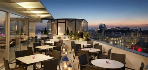 radio roof top bar radio rooftop bar the strand london bar reviews designmynight