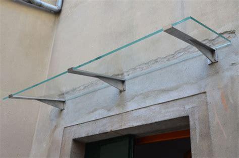 tettoia vetro tettoia in vetro con mensole vetraria gelfi bergamo