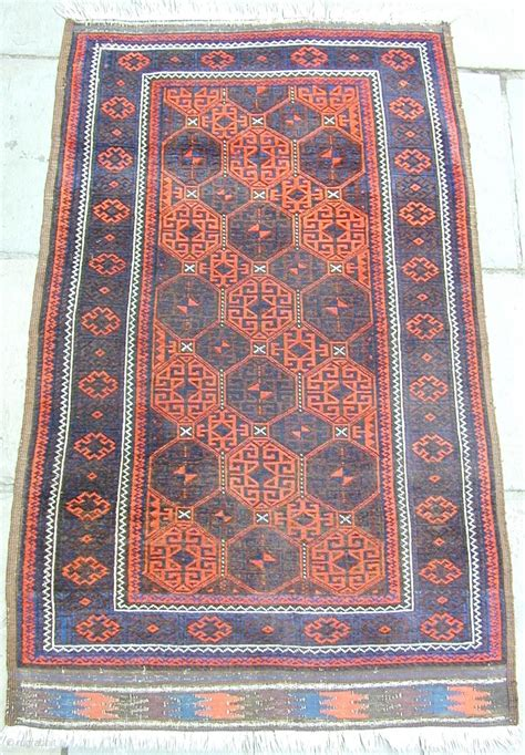 superior rugs superior baluch rug ca 1880 size 65 quot by 38 quot all wool and dyes and thin with