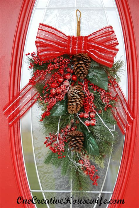 swag christmas lights outdoor one creative housewife my outdoor christmas decorations