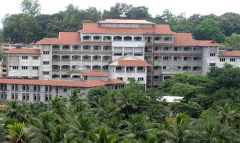 Government Mba Colleges In Kerala by Government College Trivandrum About Government