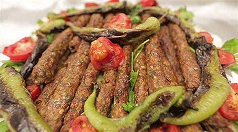 beyran orbas gaziantep resimli ve pratik nefis yemek kıyma kebabı tarifi en g 252 zel nasıl yapılır