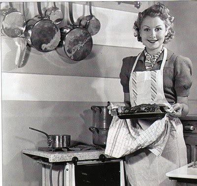 femme au foyer 1950 i la place de la femme dans la vie familiale