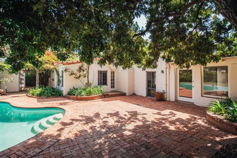 marilyn monroe home marilyn monroe s los angeles house sold for more than
