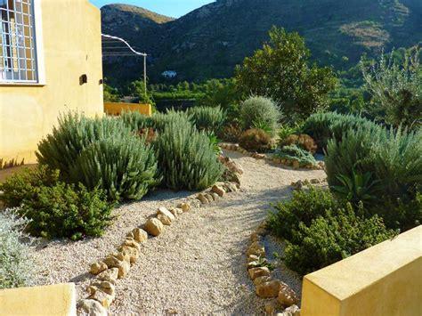 How To Create A Tuscan Garden North Mediterranean Garden