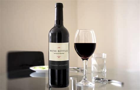 wine bottle wine bottle mockup medialoot