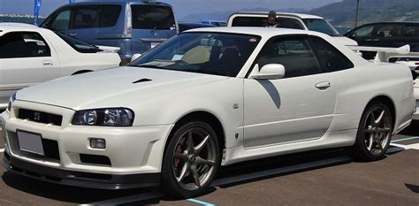 nissan skylines in the us why nissan skyline gt r series are illegal in usa